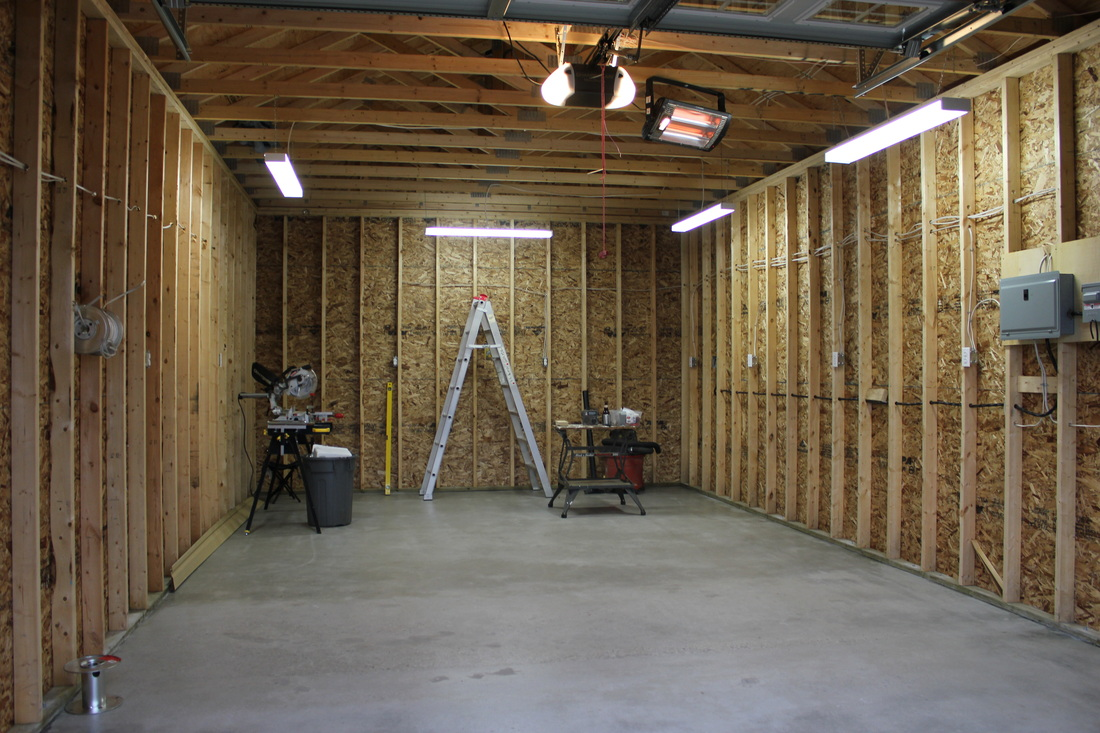 Ottawa garage construction team north country carpentry for Garage building designs